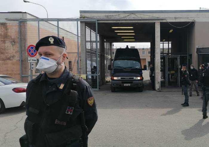 Rivolta al carcere di Modena, il bilancio è drammatico