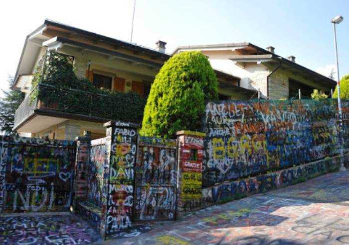 In giro per visitare casa di Vasco, denunciati per violazione Decreto