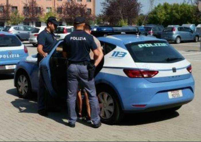 Rapina al distributore Oil Discount: arrestato 45enne italiano