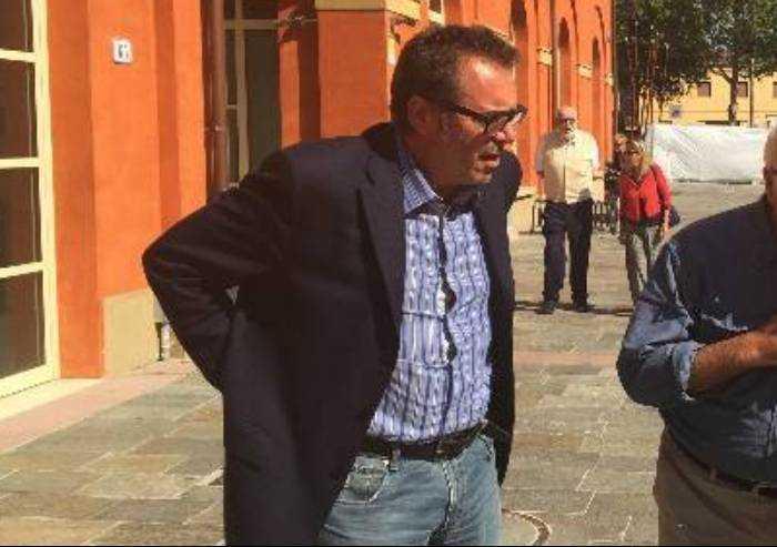 'Cari presunti giornalisti io non ho mai riso sulla omosessualità'
