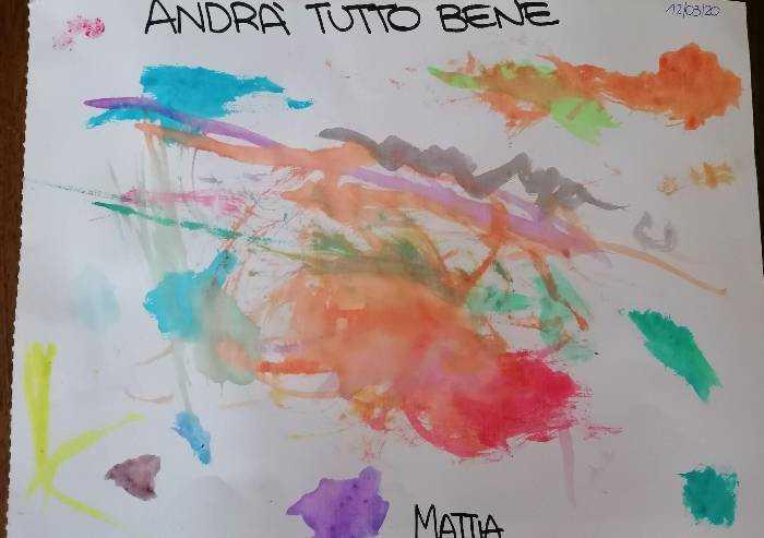 I colori di Mattia, 3 anni, disegnano l'arcobaleno della fantasia