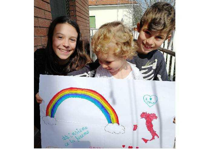 Nicole, Simone e Mattia: l'Italia e l'arcobaleno
