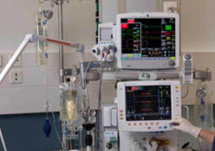Ausl Modena, Bper dona 20 ventilatori per respirazione assistita