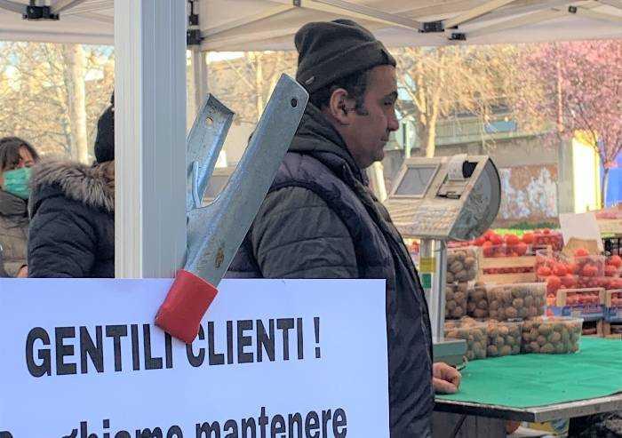 Il mercato del lunedì a Modena è un dogma di fede: lunedì si fa