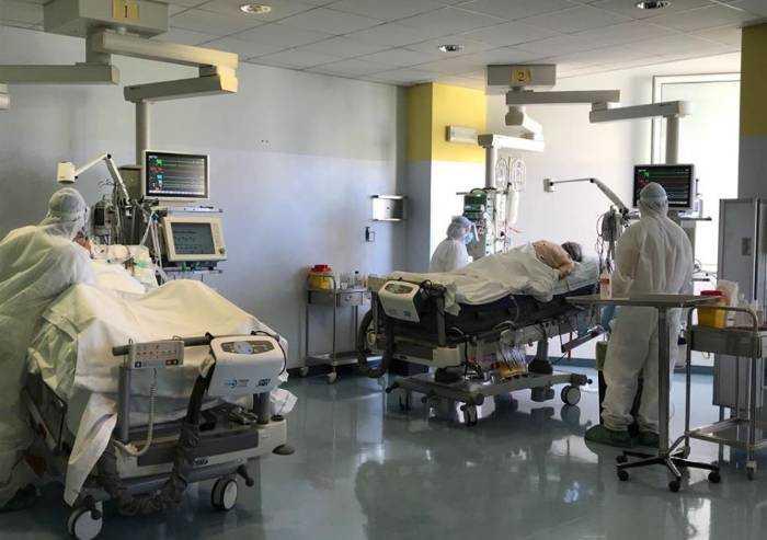 La situazione al Policlinico e a Baggiovara: 176 ricoverati, 50 in TI