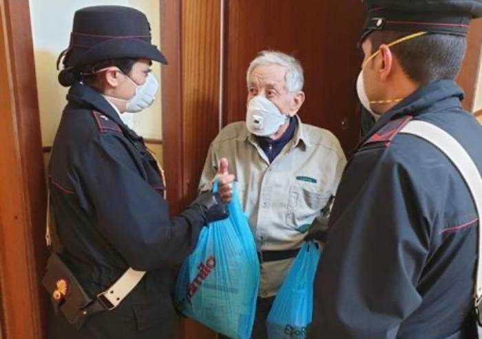 Sassuolo: Anziano non mangiava da giorni, i Carabinieri gli portano la spesa