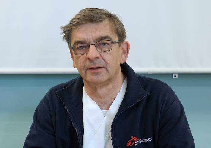 L'infettivologo: 'In pensione da tre mesi: sono tornato in servizio'