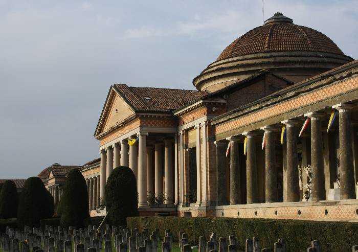 Modena, domani un minuto di raccoglimento con sindaco e vescovo