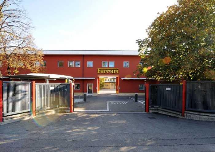 Coronavirus, Ferrari riaprirà la produzione a Maranello il 14 aprile
