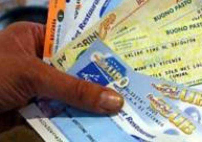 Buoni spesa, a Modena si richiedono on-line da lunedì