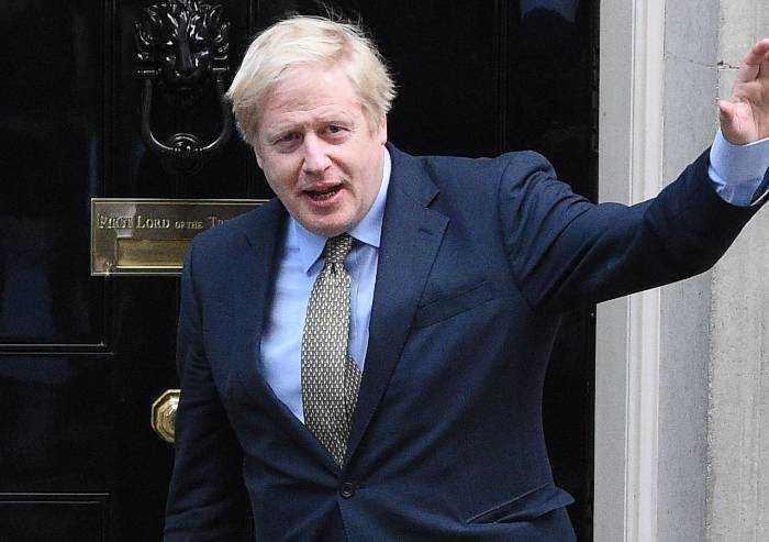 Coronavirus, Boris Johnson ricoverato in ospedale: è grave