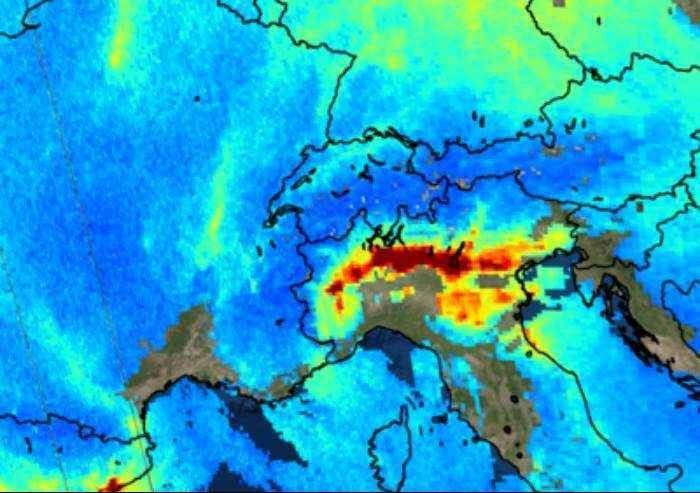 'Virus, malati record in Lombardia ed Emilia per esposizione a smog'