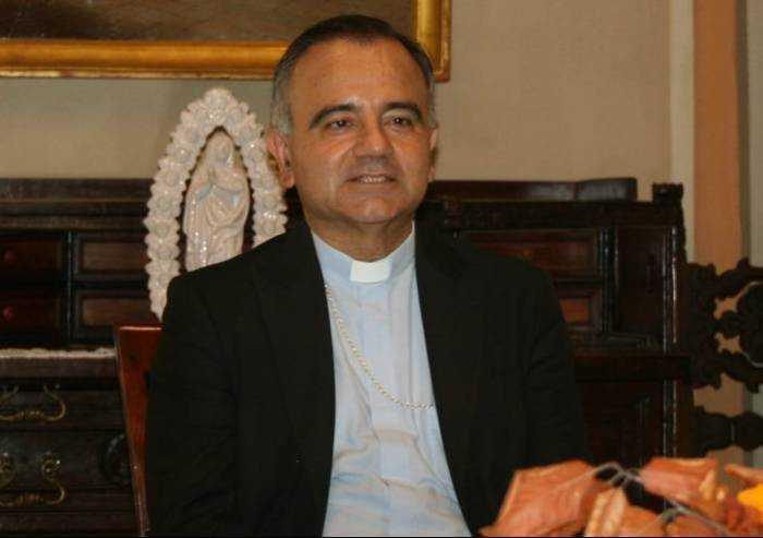 Pasqua, il vescovo: quest'anno il Sepolcro non si è aperto del tutto