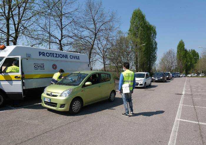 'Comune Modena espone cittadini a virus, assurda consegna mascherina'