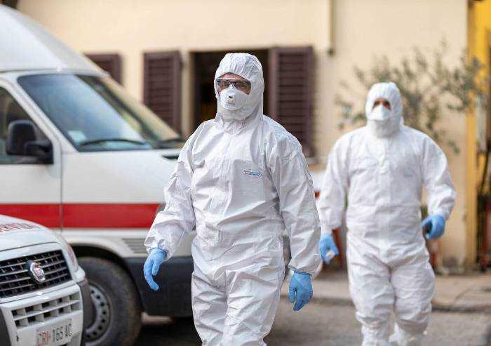 Contagio coronavirus torna a salire: a Modena 81 nuovi casi e 12 morti