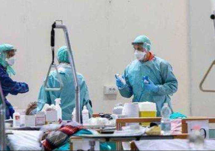 Coronavirus, contagio costante: oggi 76 nuovi casi a Modena e 9 morti