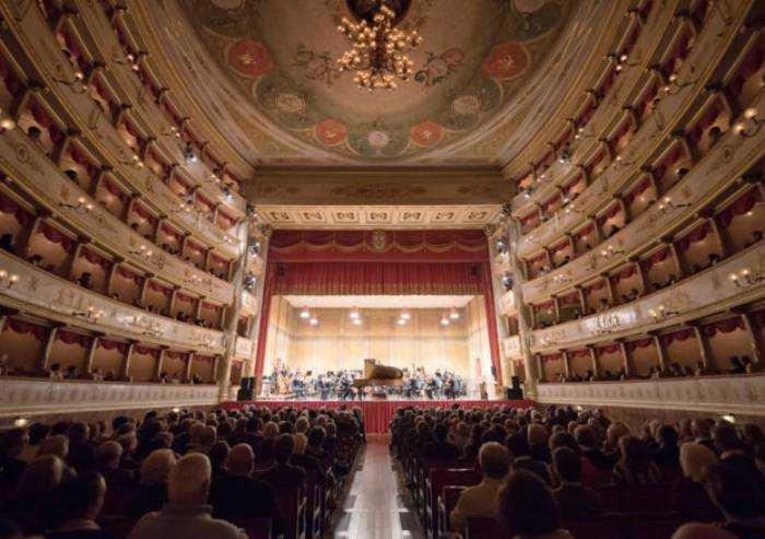 La ricostruzione deve partire dalla cultura e dal Teatro Pavarotti