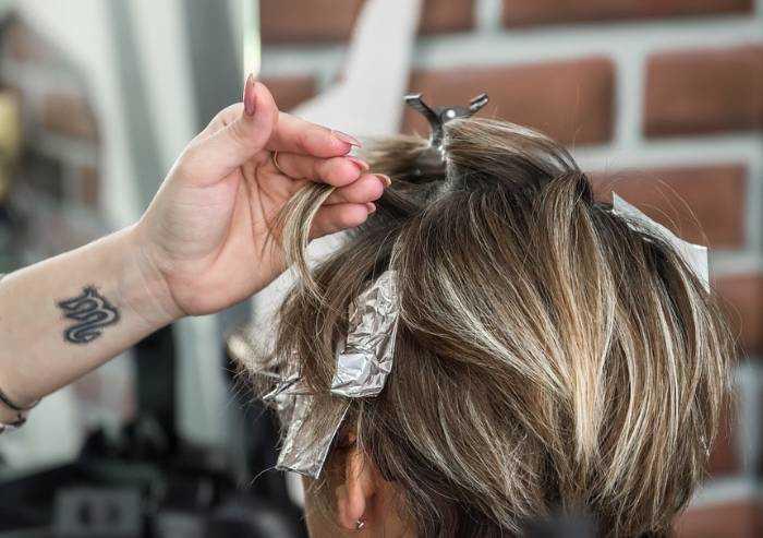 Coronavirus, Regione detta regole per la riapertura dei parrucchieri