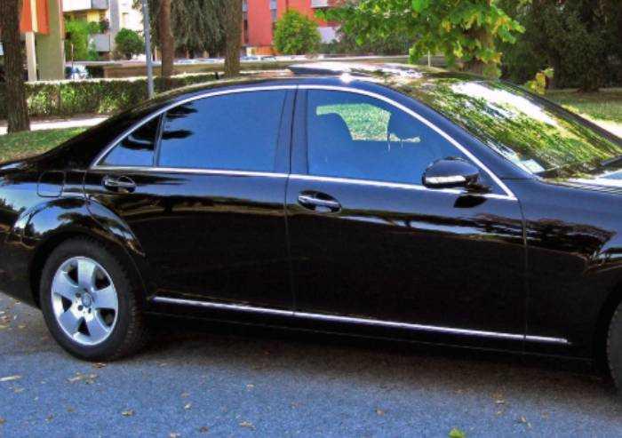 Coronaviurs, a Modena taxi e ncc pronti: le auto sono sanificate