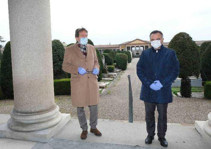 Modena, ordinanza Muzzarelli: lunedì riaprono parchi e cimiteri