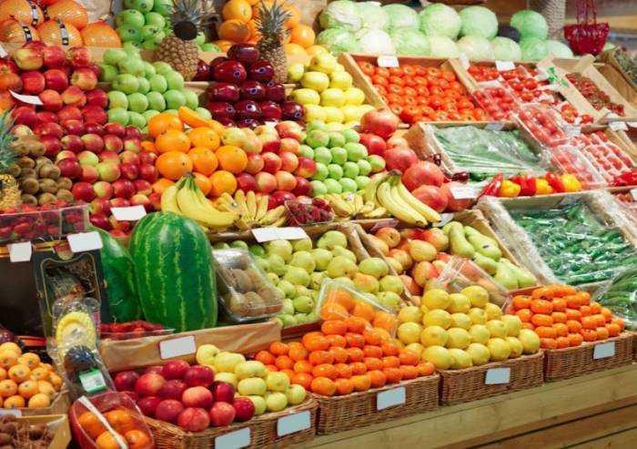 Coronavirus, prezzi di frutta e verdura alle stelle
