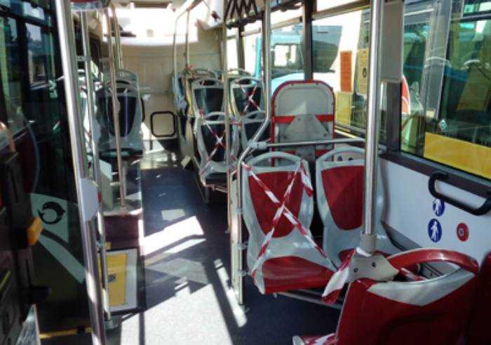 Coronavirus, ecco le nuove regole per viaggiare sui bus a Modena