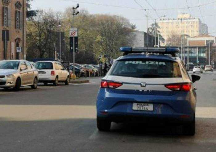 Modena, rogo dopo la griglia: interviene la polizia e arresta un evaso