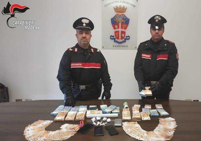 Maxi sequestro di coca e contante: bloccati tre fratelli trafficanti