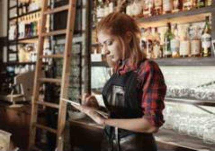 Emilia-Romagna, in calo le imprese giovani in aumento le straniere