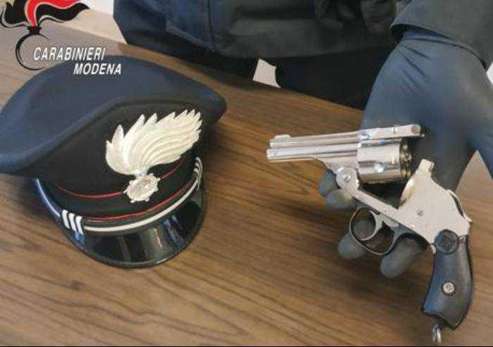 Sassuolo, sequestro di droga e armi: due arresti