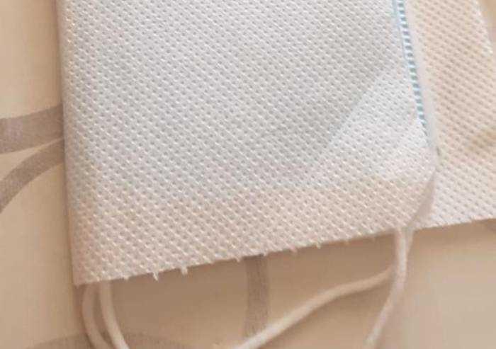 San Cesario, mascherine distribuite con panno carta: e le linee guida?