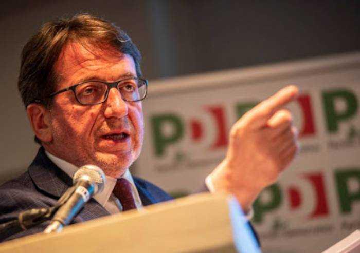 Spese elettorali, da Muzzarelli un 'regalo' al Pd da 16.000 euro