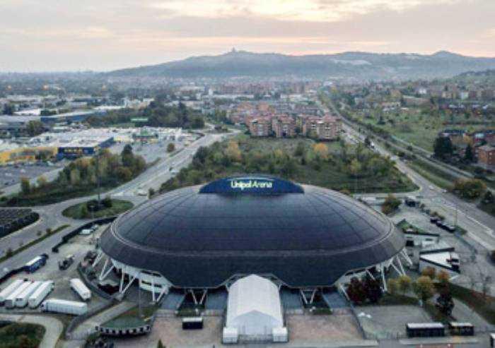Coronavirus, Unipol Arena diventa centro screening dell'Emilia-Romagna