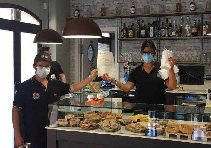 Soliera, consegnate 10mila mascherine gratuite ad attività commerciali