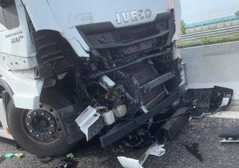 Incidente in autostrada, interviene ..