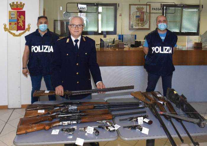 Violazioni sul porto d'armi, denunciati 17 modenesi