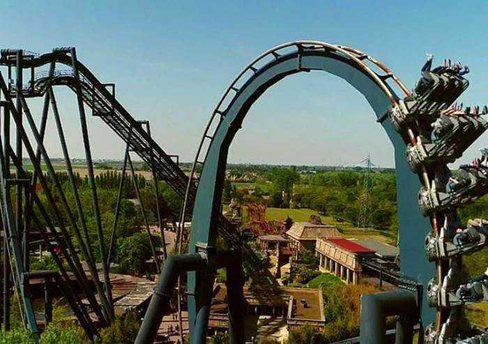 La Regione apre parchi divertimenti, zoo, luna-park e B&B