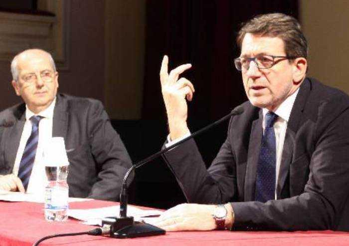 Centri estivi Modena, Comune contro sindacati: maestre non disponibili