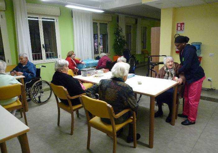 Ordinanza covid, da lunedì le cra riaprono ai parenti degli anziani