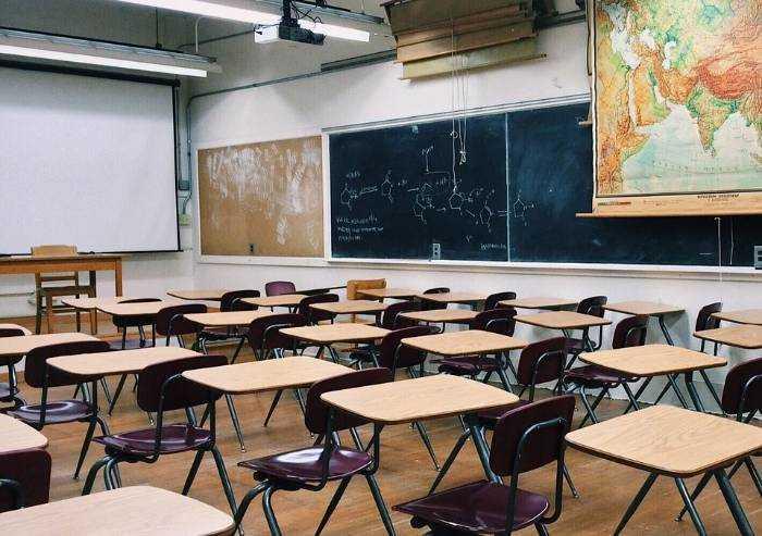 Scuola: finita male, ricomincerà ancora peggio?