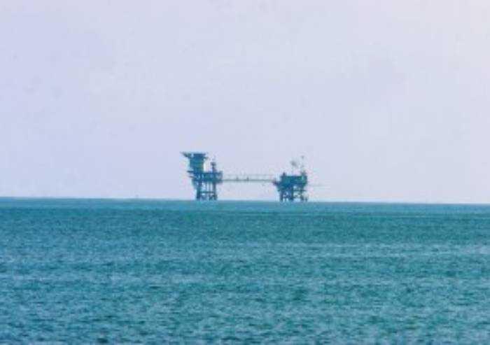 Ravenna: giacimenti di metano esauriti riempiti di CO2