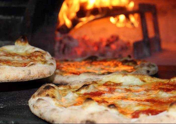 Coronavirus Bologna: lavorava in pizzeria sapendo di essere contagiato