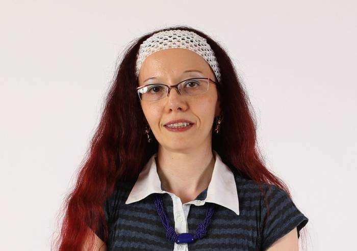 Giunta Modena, si dimette l'assessore Debora Ferrari