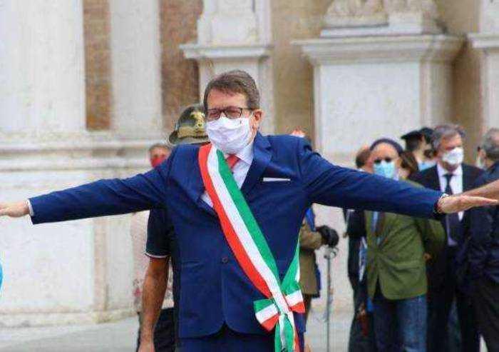 Strage nelle cra, un mese fa Muzzarelli: '161 morti'. E oggi smentisce
