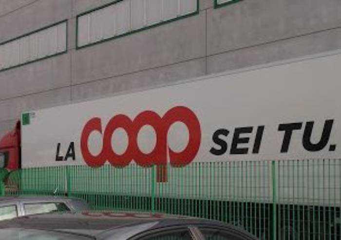 Coop, accuse di 'caporalato'. Alleanza 3.0: 'Critiche inaccettabili'
