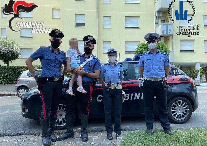 La mamma è bloccata nell'ascensore: a 4 anni soccorsa dai carabinieri