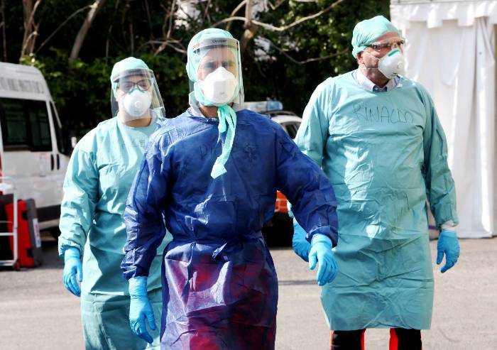 Coronavirus, nuovi casi a Modena, Carpi, Castelnuovo e Nonantola