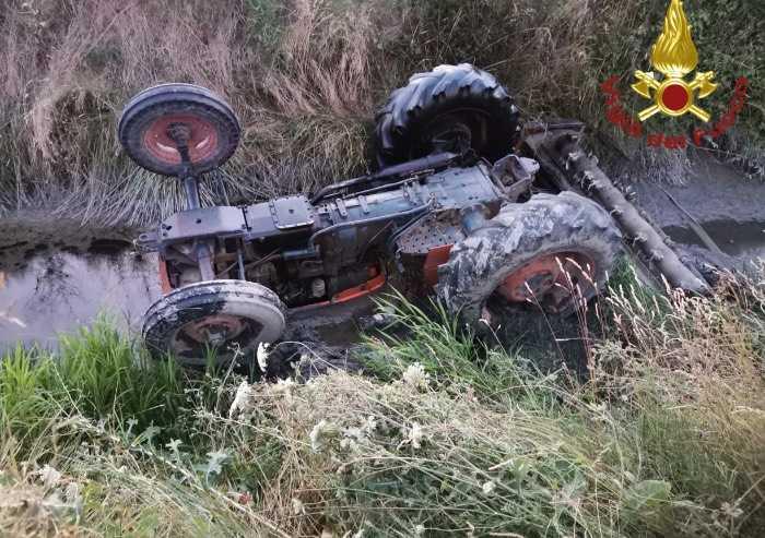 Cavezzo, si ribalta col trattore: muore agricoltore 92enne