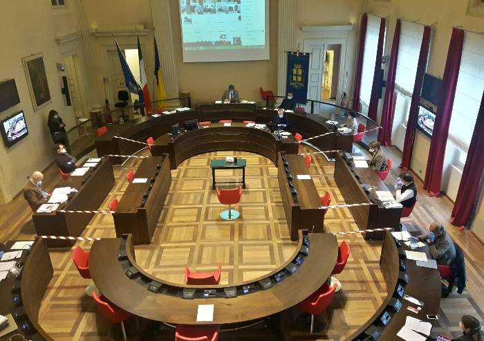 Modena, redditi consiglieri e assessori: Silingardi (M5S) 'Paperone'