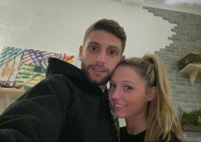 Sassuolo, la compagna di Berardi dona 25mila euro per l'ospedale